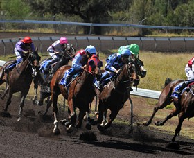 Alice Springs Turf Club - VIC Tourism