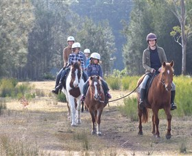 Horse Riding at Oaks Ranch and Country Club - VIC Tourism