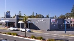 Bellevue Hotel Tuncurry - VIC Tourism