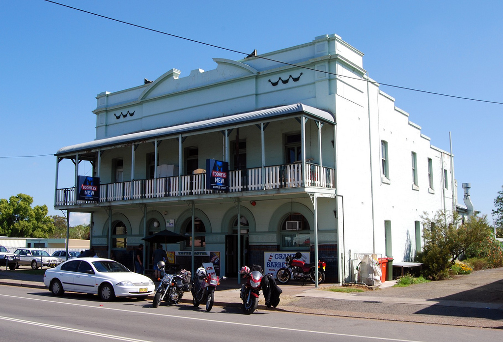 Tattersalls Hotel - VIC Tourism
