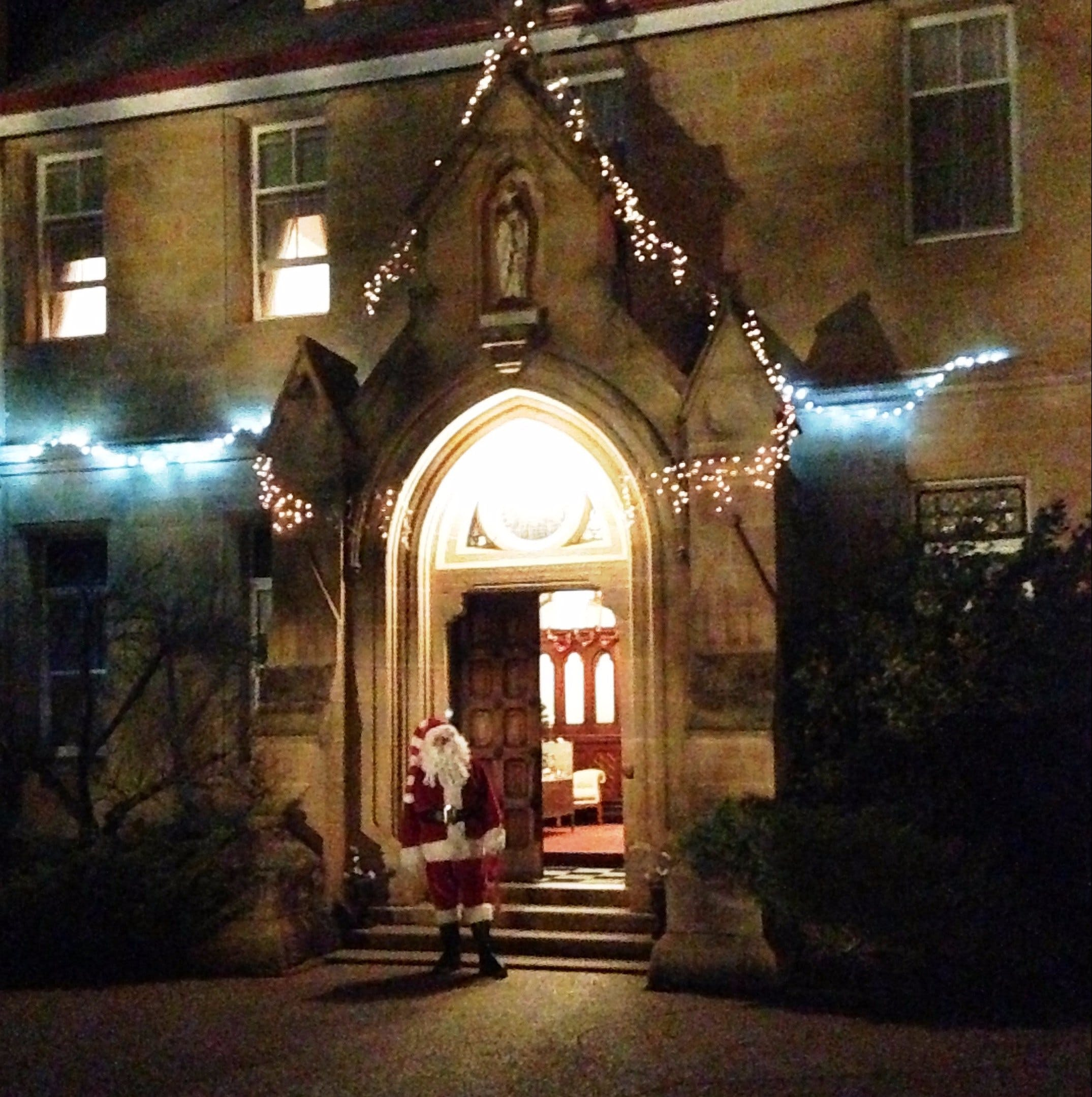 Abbey of the Roses - Christmas in July - VIC Tourism