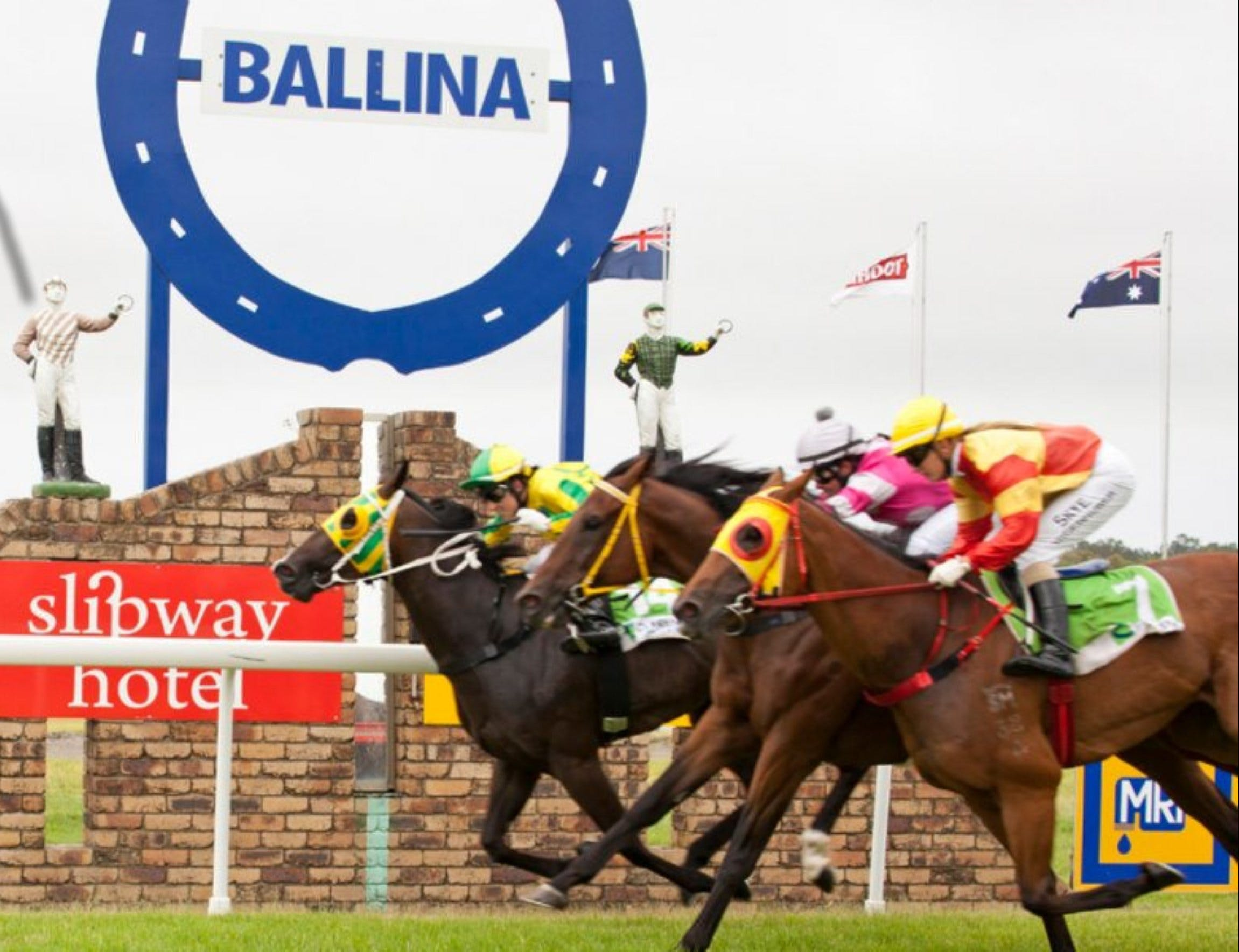 Ballina Boxing Day Races - VIC Tourism