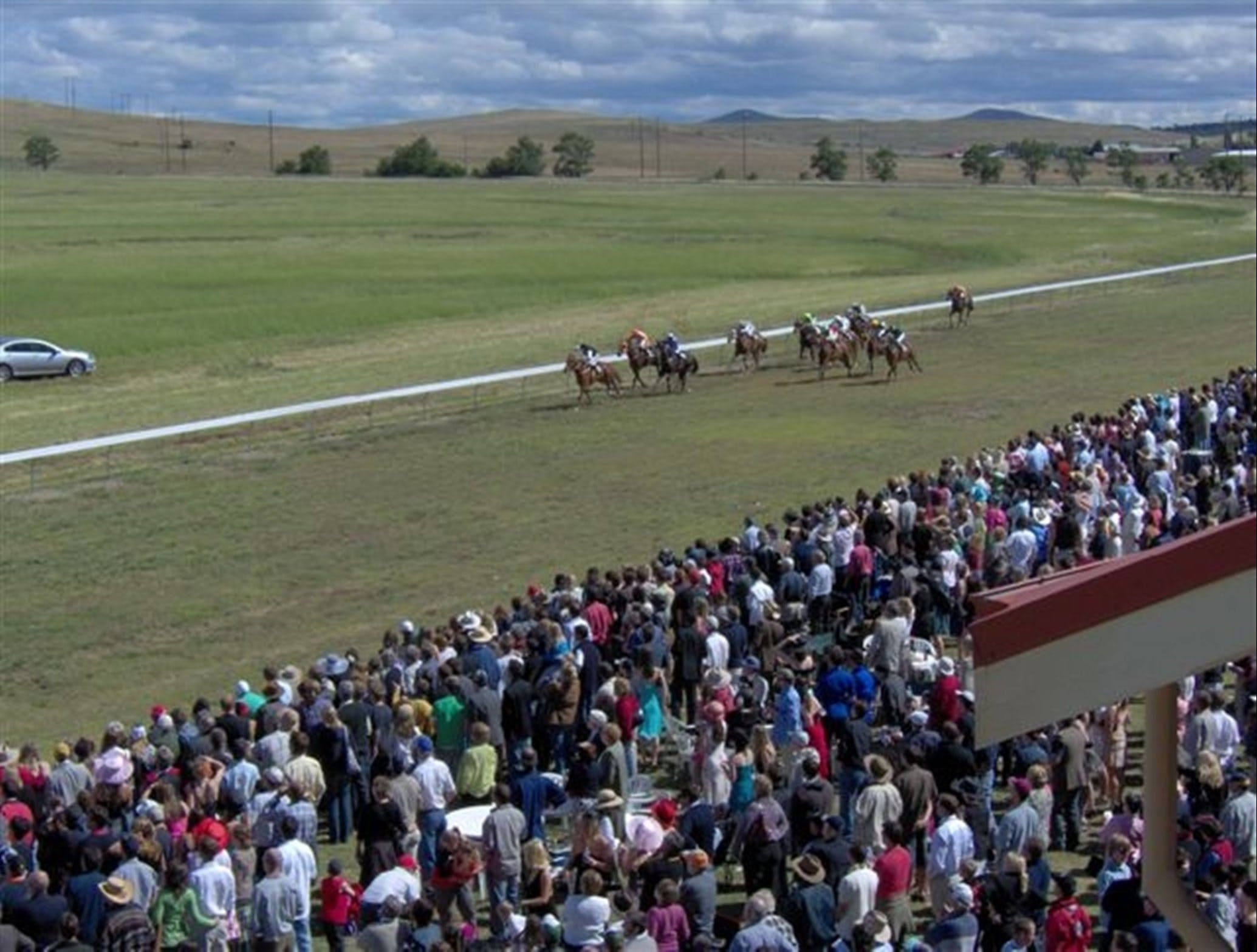 Cooma Sundowners Cup - VIC Tourism