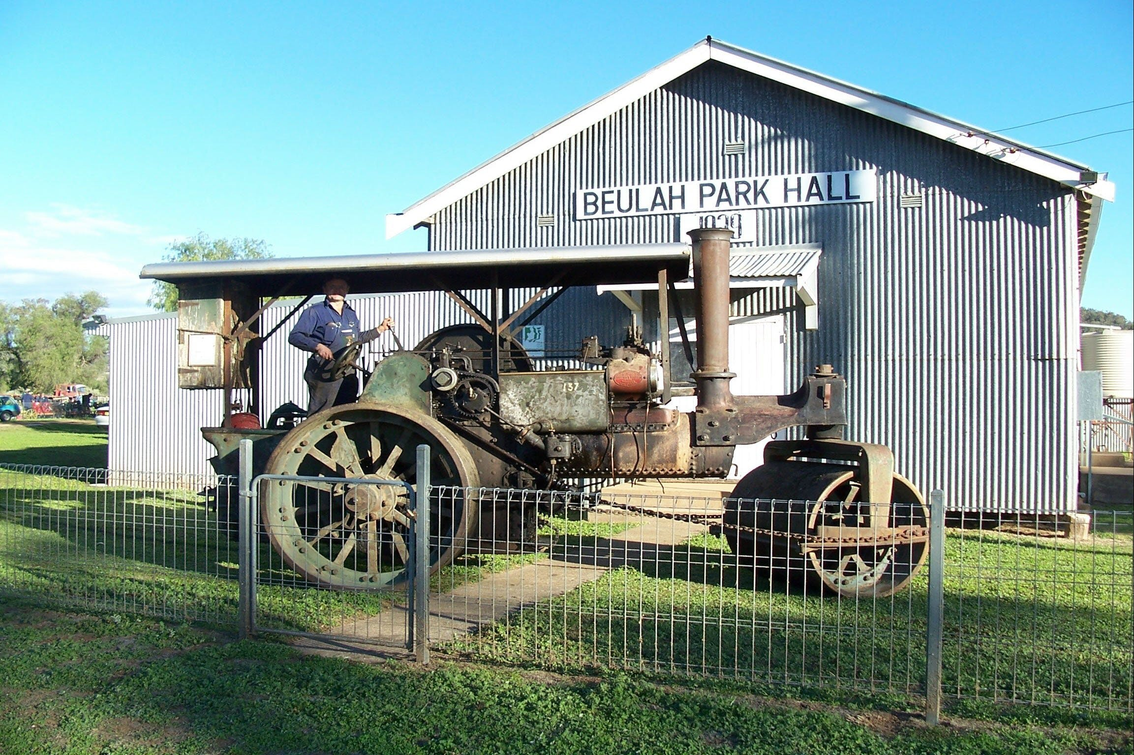 Eulah Creek Antique and Machinery Day - VIC Tourism