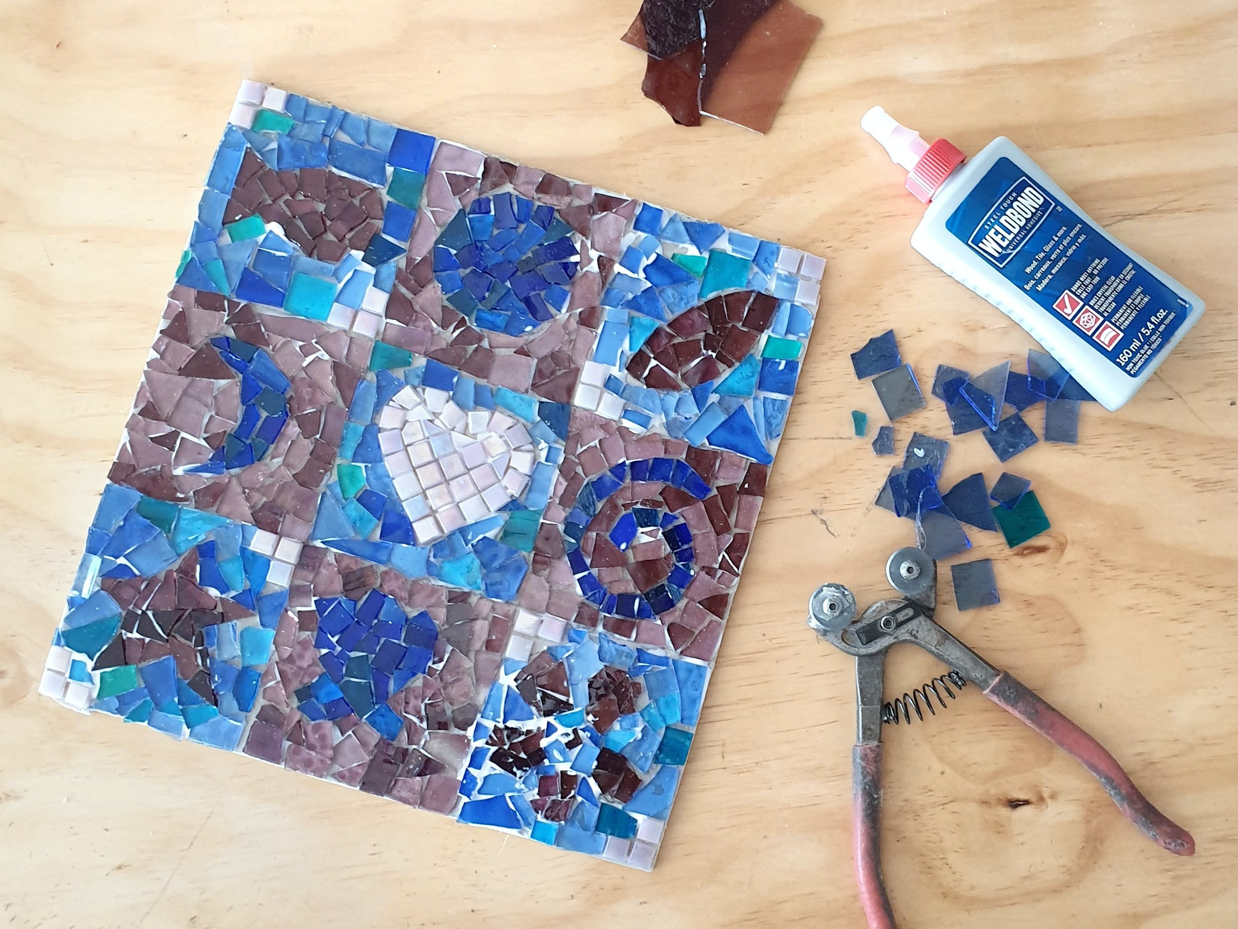 Intro to Mosaics Weekend with Leadlight By Ettore - VIC Tourism