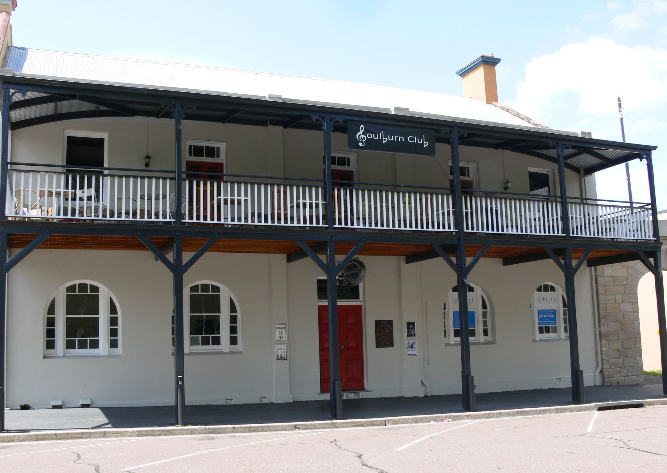 Open Mic Night at the Goulburn Club - VIC Tourism