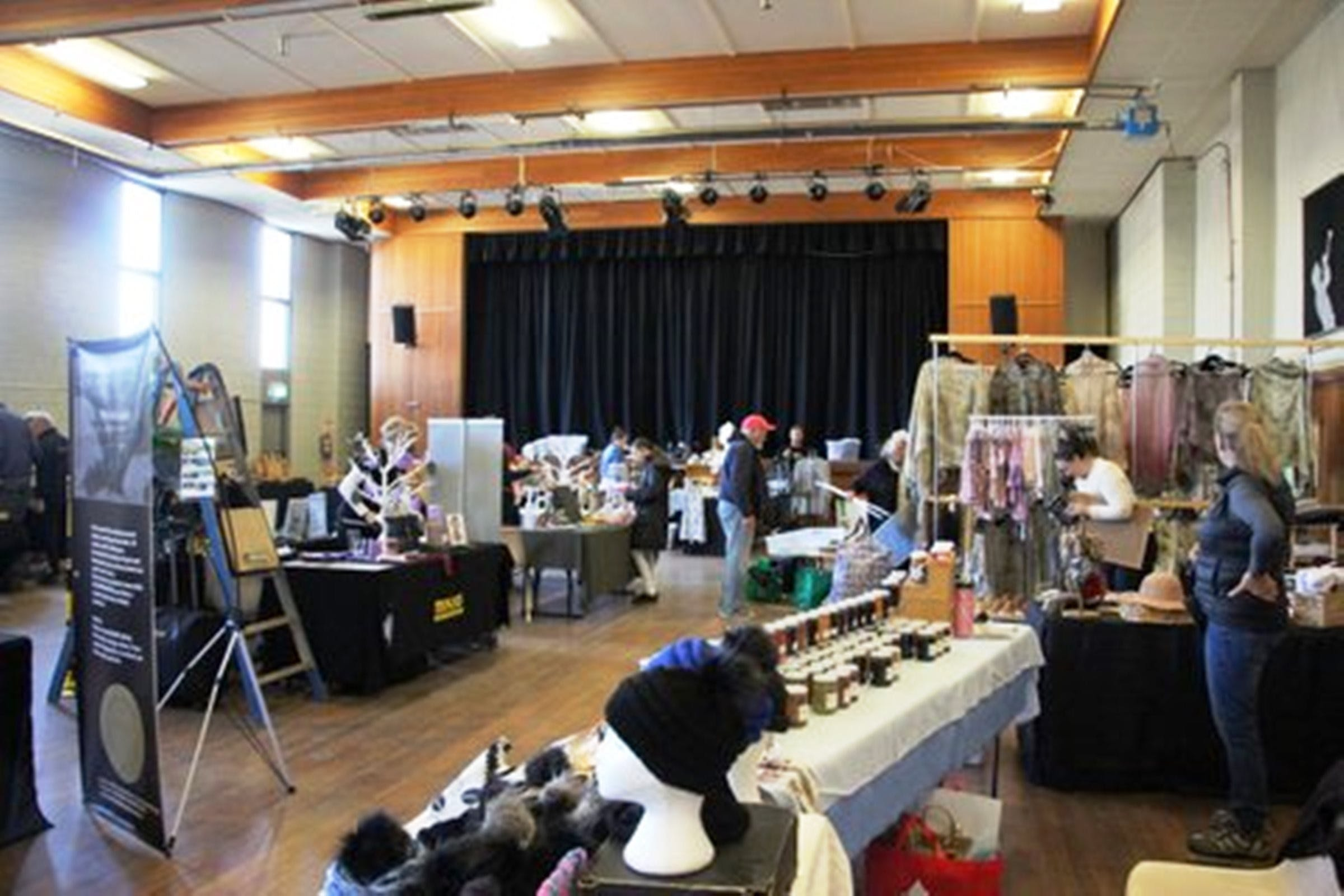 Jindabyne Hall Markets - VIC Tourism