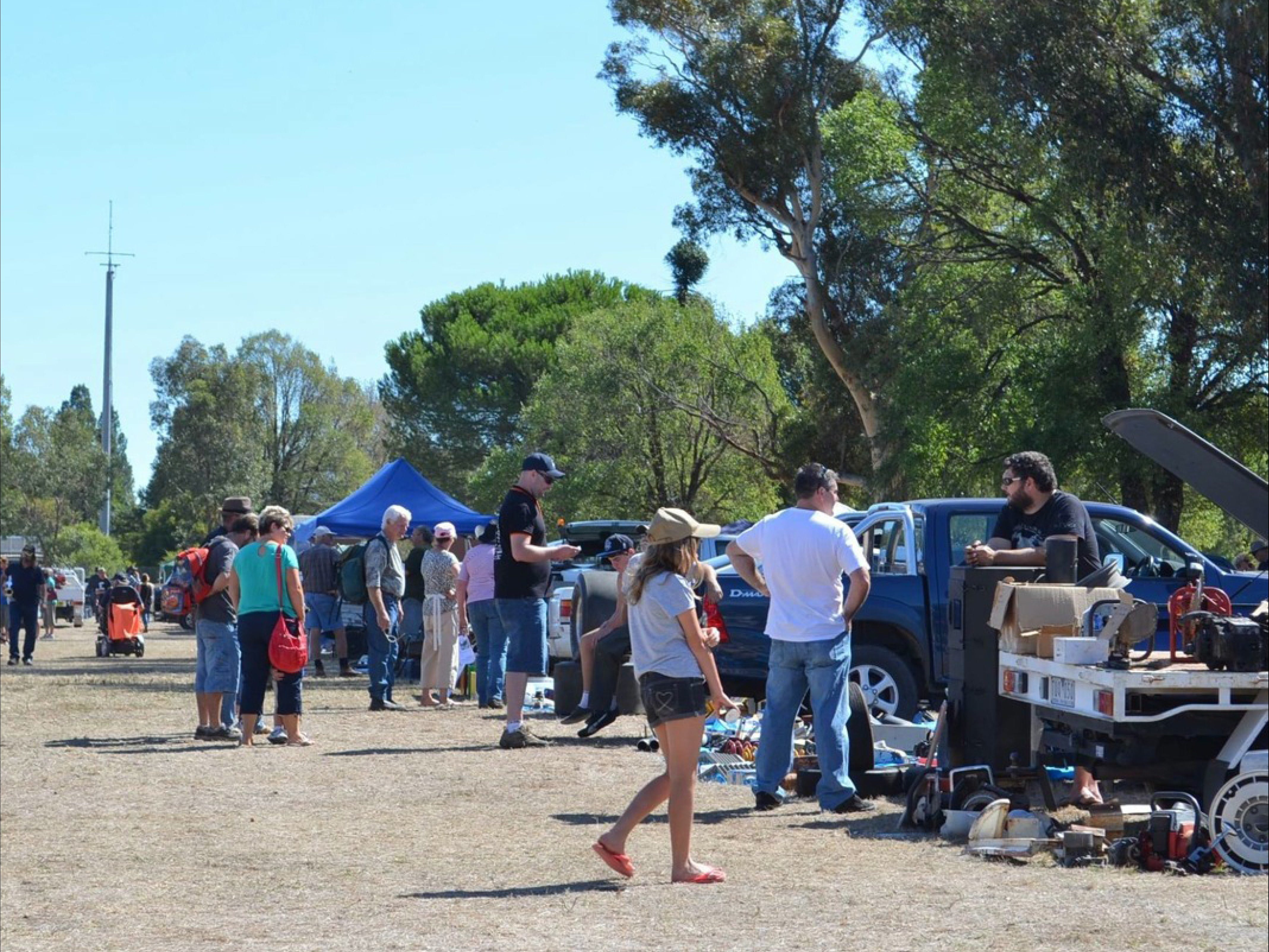 Jindera Community Garage Sale - VIC Tourism