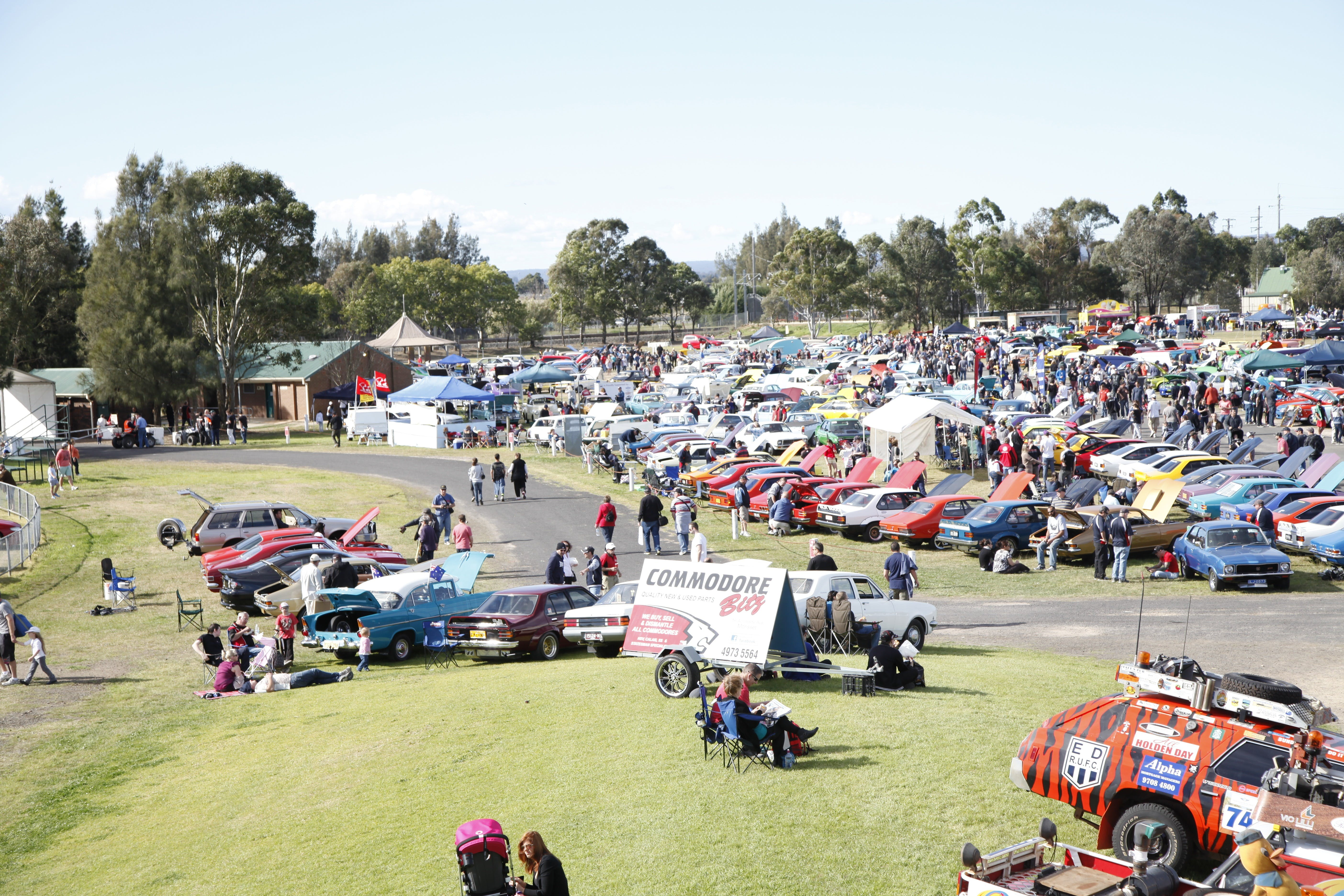 NSW All Holden Display Day - VIC Tourism