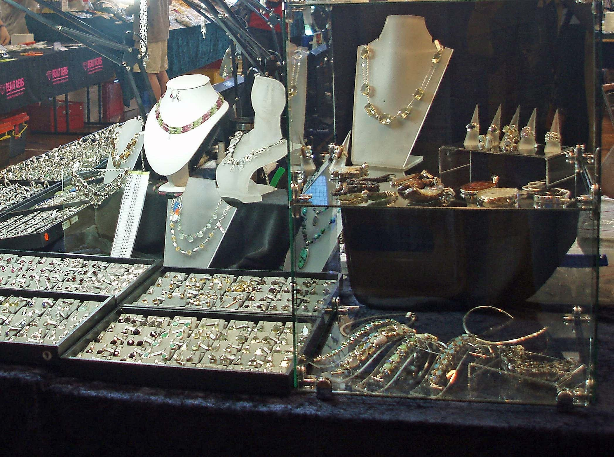 Toowoomba Gemfest - Gems and Jewellery - VIC Tourism