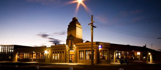 Central Hotel Bistro - VIC Tourism