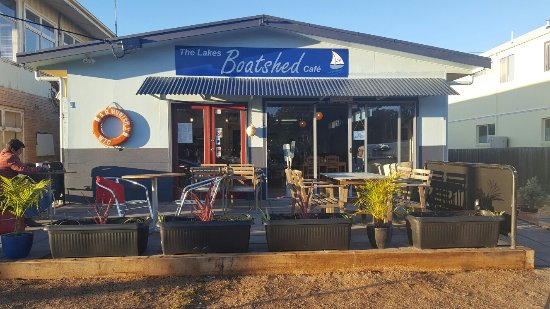 The Lakes Boatshed Cafe - VIC Tourism