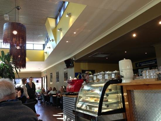 Alpine Gate Cafe - VIC Tourism