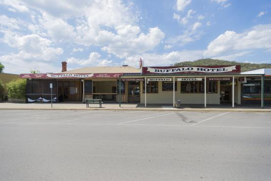 The Buffalo Hotel - VIC Tourism