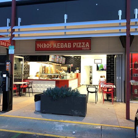 Yeeros Kebab Pizza - VIC Tourism