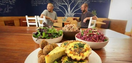Organic Feast Wholefoods Cafe - VIC Tourism