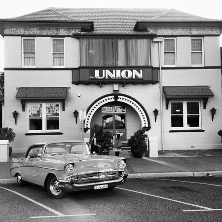 The Union Bar Inverell - VIC Tourism