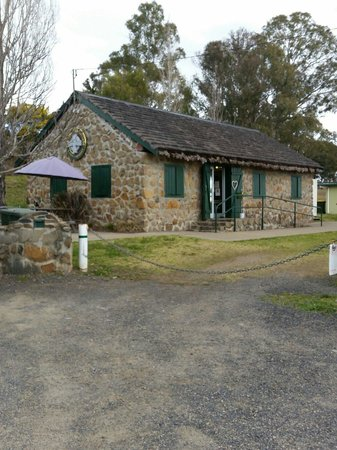 Crofters Cottage Cafe - VIC Tourism