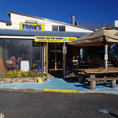 Finny's By The Wharf - VIC Tourism