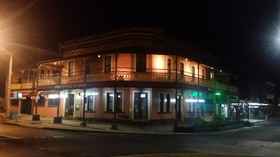 The Great Central Hotel - VIC Tourism