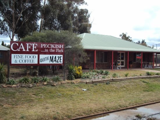 Cafe Peckish - VIC Tourism