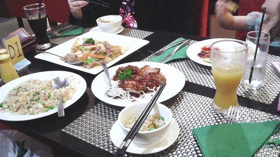 Dragon Garden Family Restaurant - VIC Tourism