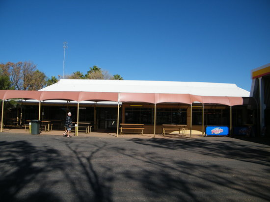 Erldunda Roadhouse - VIC Tourism
