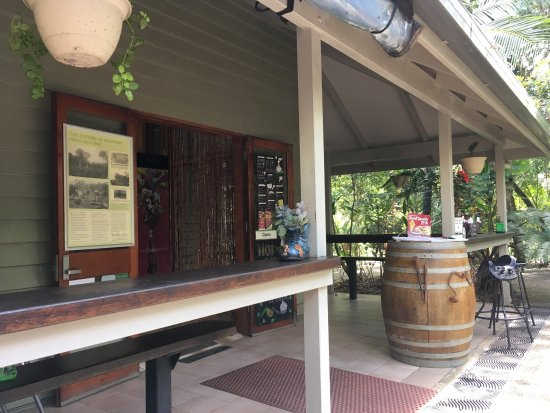 Platypus Lodge Restaurant - VIC Tourism