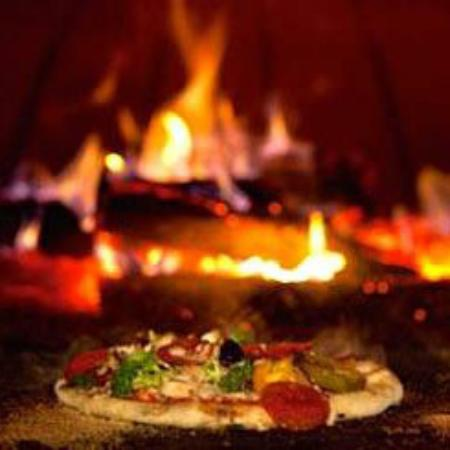 Jens Woodfired Pizzas - VIC Tourism