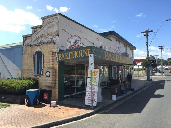 Penguin Country Bakehouse - VIC Tourism