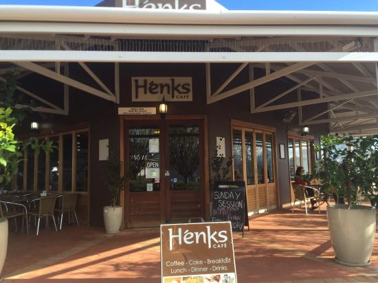 Henk's Cafe - VIC Tourism