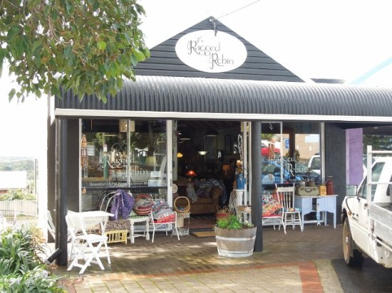 The Ragged Robin - VIC Tourism