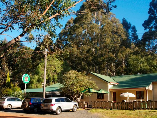 Quinninup Tavern and Restaurant - VIC Tourism