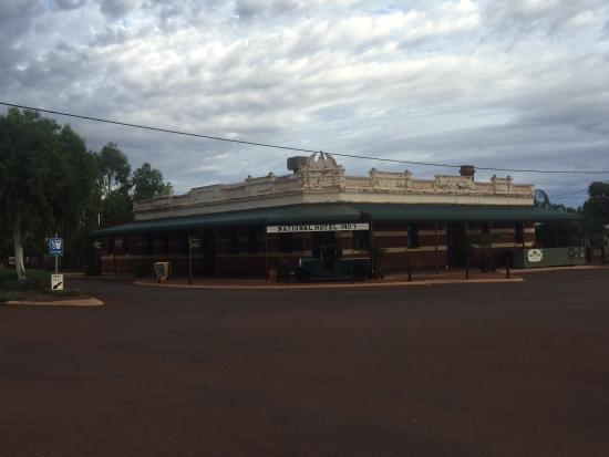 Sandstone National Hotel - VIC Tourism