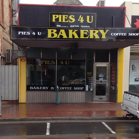 Pies  U - VIC Tourism