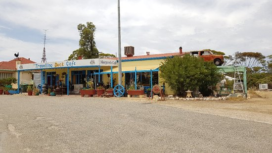 The Travelling Duck Cafe - VIC Tourism