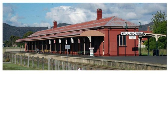 Wallangarra Railway Cafe - VIC Tourism