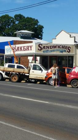 Gayndah Country Bakery - VIC Tourism