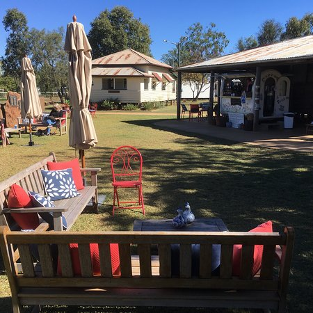 Rolleston Coffee Cart - VIC Tourism
