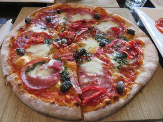 Acqua e Farina Woodfire Pizzeria - VIC Tourism