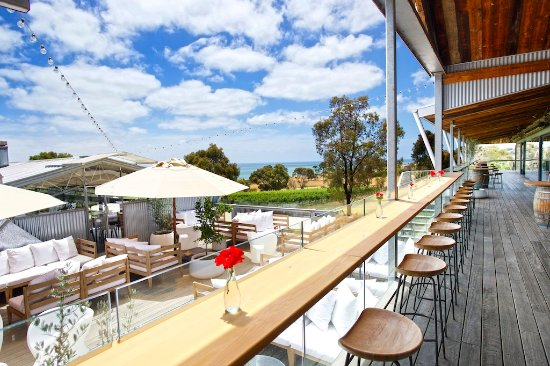 The Deck Lounge - VIC Tourism