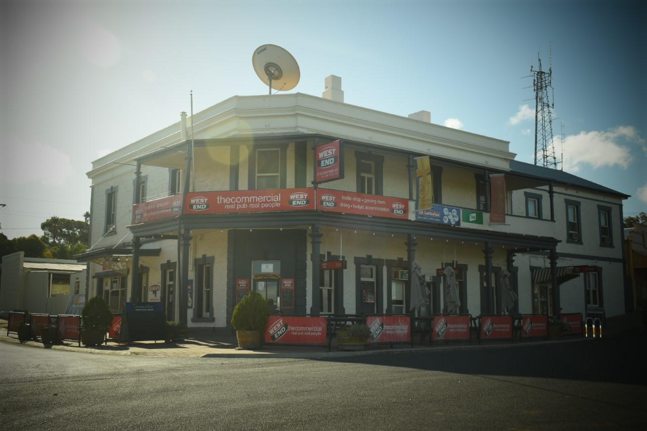 Commercial Hotel Morgan - VIC Tourism