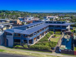 Lennox Holiday Apartments - VIC Tourism