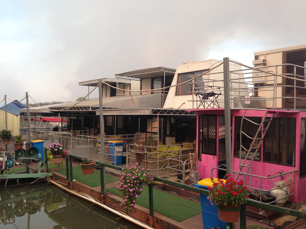 Corroboree Houseboats - VIC Tourism