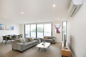 Ellia Doncaster Apartment - VIC Tourism