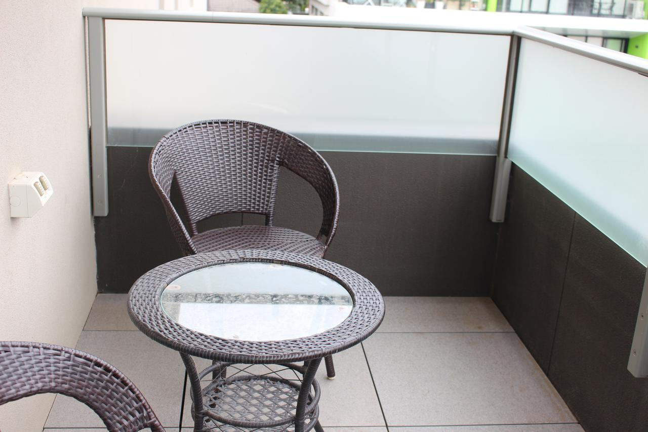 Poplar Box Hill Apartment - VIC Tourism