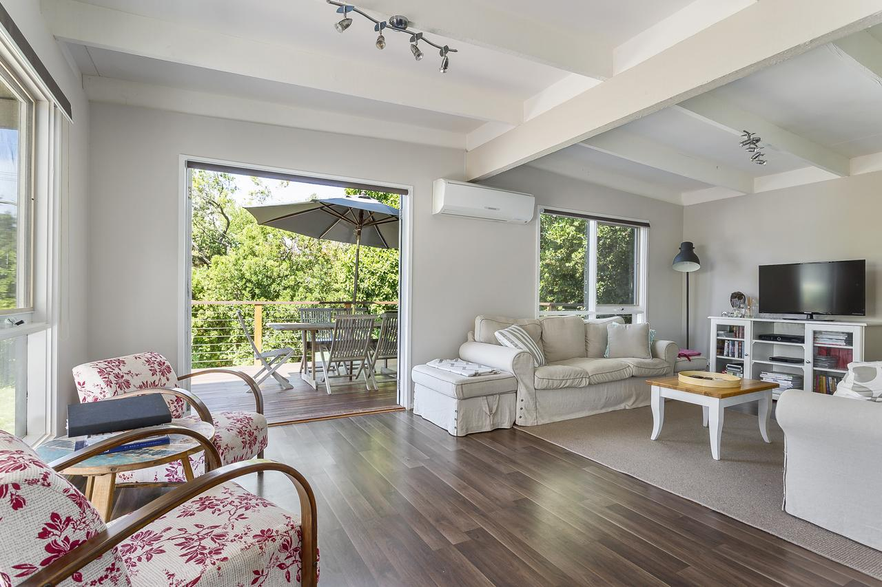 Blairgowrie Bella - light filled home with great deck