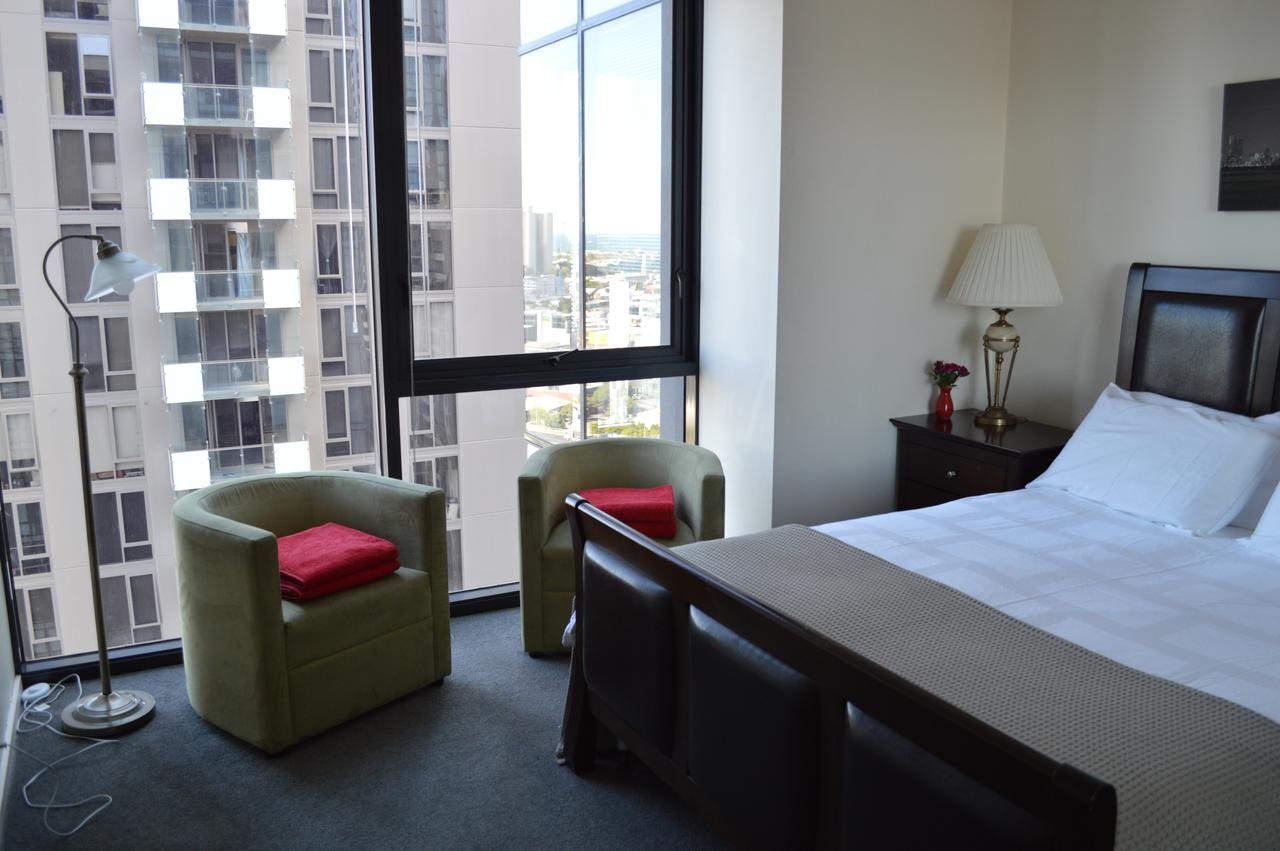 3BR Apartment At Victoria Tower Southbank - VIC Tourism