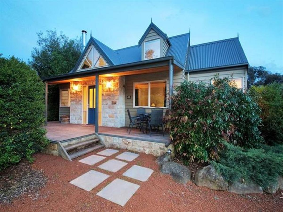 Two Truffles Cottages - VIC Tourism