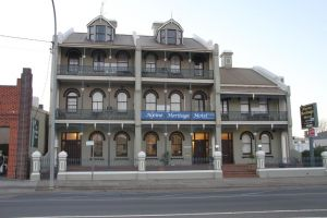 Alpine Heritage Motel - VIC Tourism